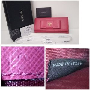Auth Prada Saffiano Leather Wallet +Box +Auth Card